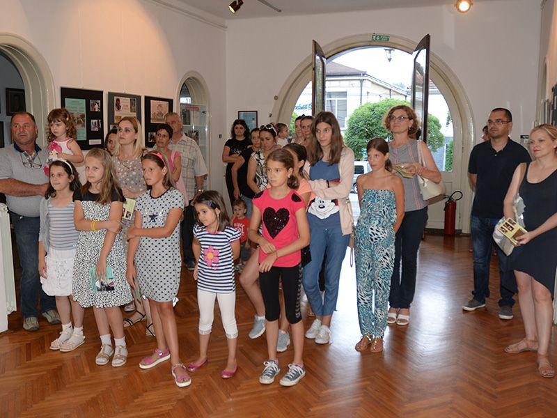 """Изложба дечјих радова пристиглих на конкурс музеја """"Храст као симбол вечности"""""""