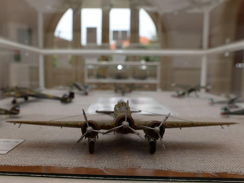 Отварање изложбе Ратно ваздухопловство у Другом светском рату кроз макете