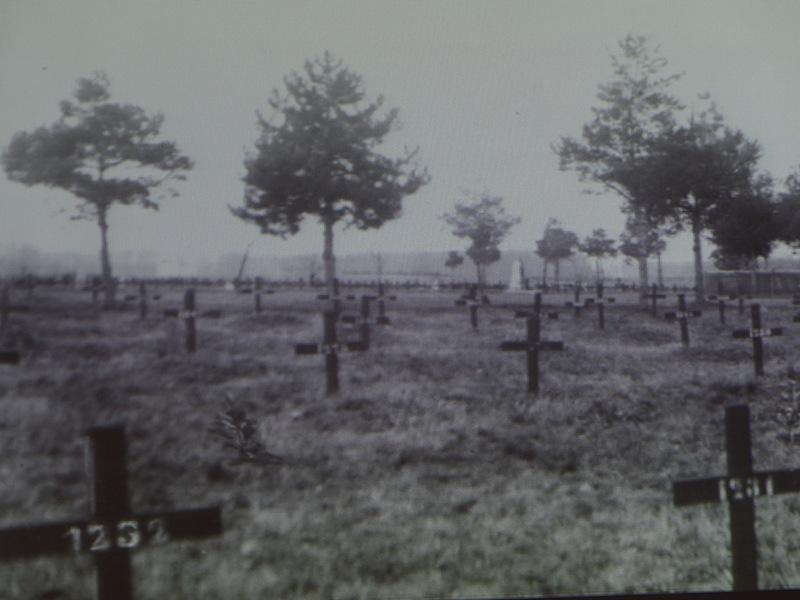 """Промоција књиге """"Старо војничко гробље у крагујевачким Шумарицама"""""""