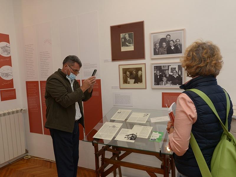 """Изложба Музеја науке и технике """"Трагајући за инспирацијом у народном градитељству"""" гостује у Музеју рудничко-таковског краја"""